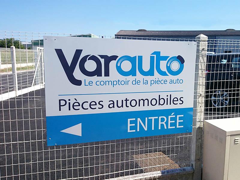 devanture-yarauto-panneau